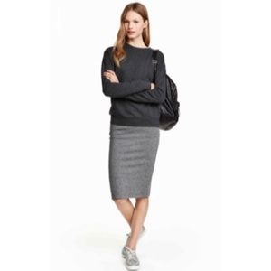 H&M Charcoal Midi Pencil Skirt XS